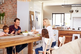 Berufsunfähigkeitsversicherung schützt Familie